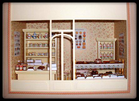 Vitrine miniature boutique - Conseils sur la disposition des meubles pour agrandir un salon ...